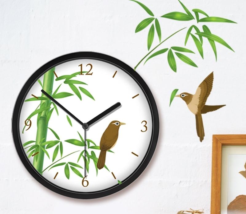 Запретить нельзя, но желательно, чтобы сломанные часы не висели на стене.